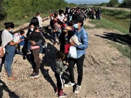 McAllen Station Border Patrol agents apprehended 132 migrants from a single illegal border crossing from Mexico into Hidalgo, Texas. (Photo: U.S. Border Patrol/Rio Grande Valley Sector)