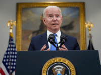 Poll: Majority of Swing Voters Oppose Biden's Surge of Refugees to U.S.