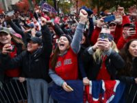 Boston's Fenway Park to Open Full Capacity Memorial Day Weekend