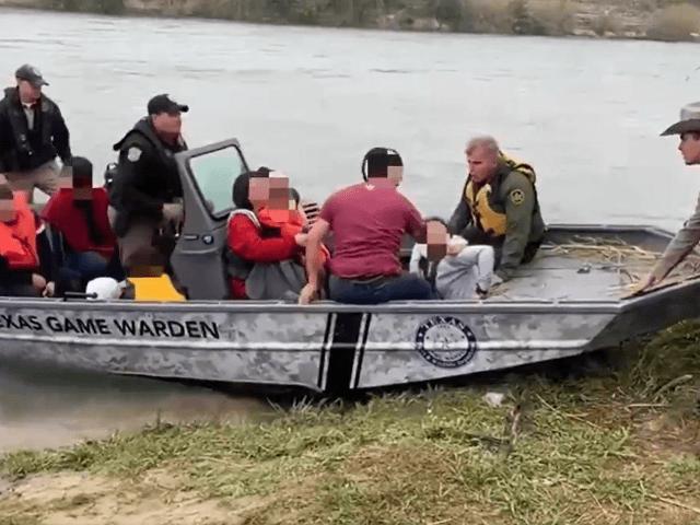 Texas Game Wardens Rescue 10 Migrants During Rio Grande Border Crossing