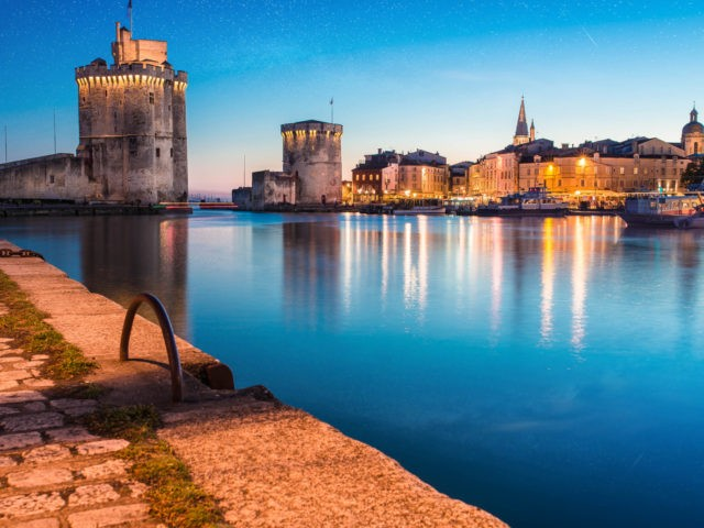 arrival of the night on the old town of La Rochelle