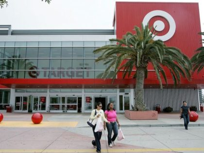Target Ends Mask Mandate for Vaccinated Customers, 'Strongly' Recommends Masks for Unvaccinated Shoppers