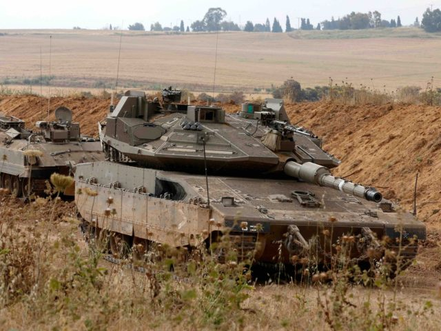 Israeli tanks Gaza (Jack Guez / Getty)