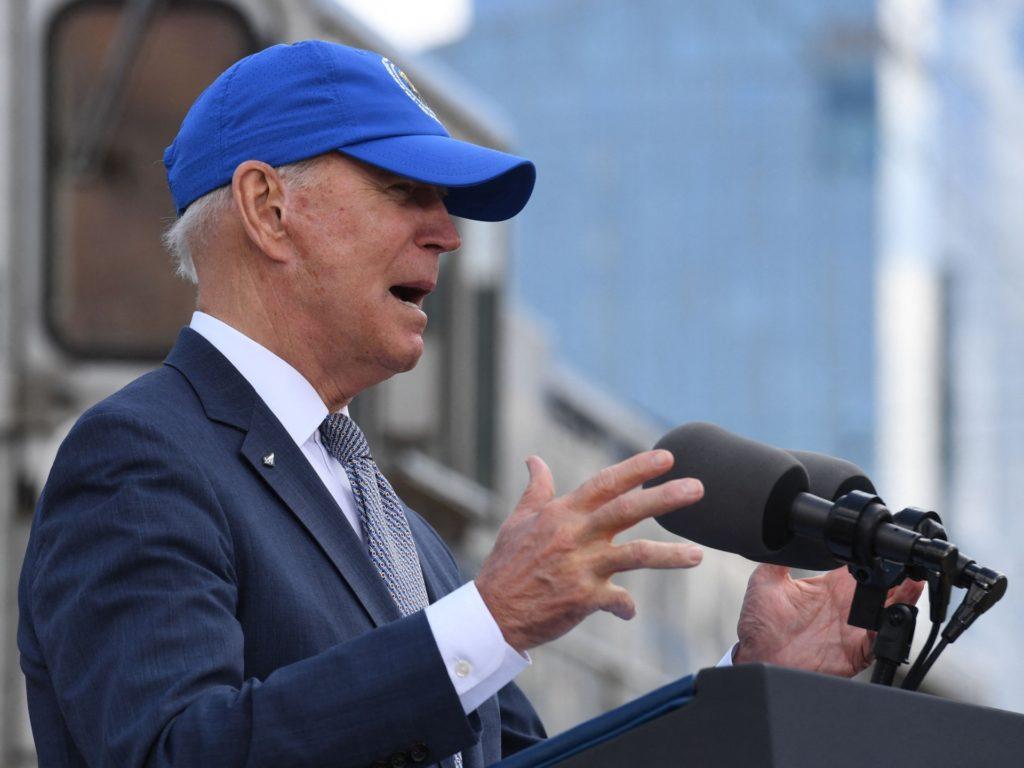 Seven Times Joe Biden Has Lost or Forgotten His Mask