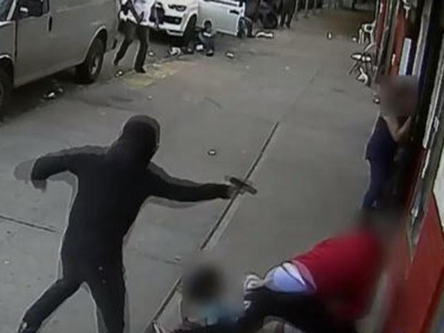WATCH: Masked Shooter Opens Fire in Mayor de Blasio's Gun-Controlled NYC