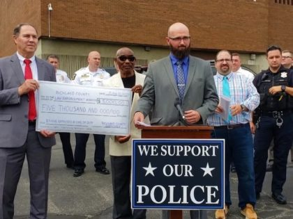 WATCH: 89 Pastors Call for 'Day of Prayer and Appreciation' for Police