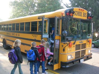 School bus (Ty Hatch / Flickr / CC)