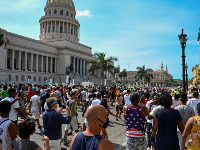 Cuba Havana protest (Yamil Lage / AFP / Getty)