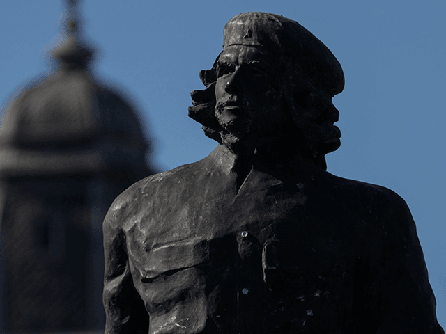 """A statue of Ernesto Guevara in the Ernesto """"Che"""" Guevara square on June 27, 2020 in Rosario, Argentina. Revolutionary leader Ernesto Guevara was born in Rosario in 1928. Argentine businessman Francisco Farruggia had bought the apartment in 2002. The price of sale has not been informed. (Photo by Getty Images/Getty …"""
