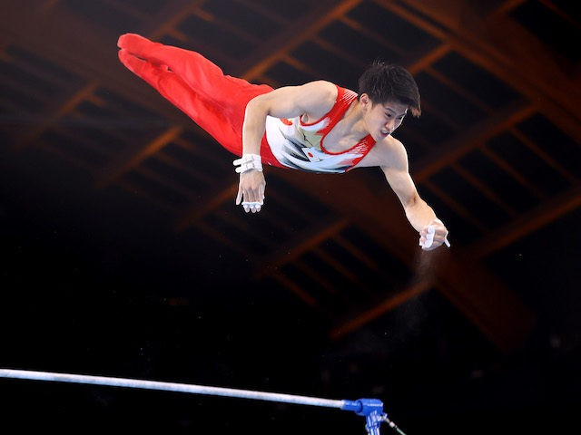 TOKYO, JAPAN - JULY 24: Daiki Hashimoto of Team Japan competes on the horizontal bar during Men's Qualification on day one of the Tokyo 2020 Olympic Games at Ariake Gymnastics Centre on July 24, 2021 in Tokyo, Japan. (Photo by Laurence Griffiths/Getty Images)