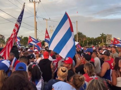 Cubans Protest in Naples, FL. (Katherine Hamilton / Breitbart News).