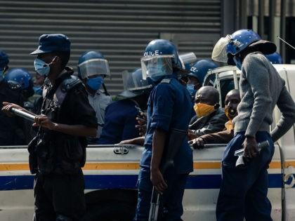 Coronavirus: Zimbabwean Christians Arrested for Holding Outdoor Service