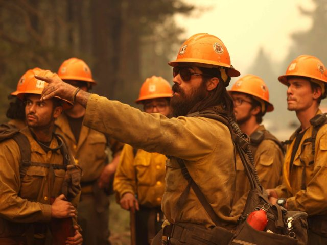 Caldor fire firefighters (Justin Sullivan / Getty)
