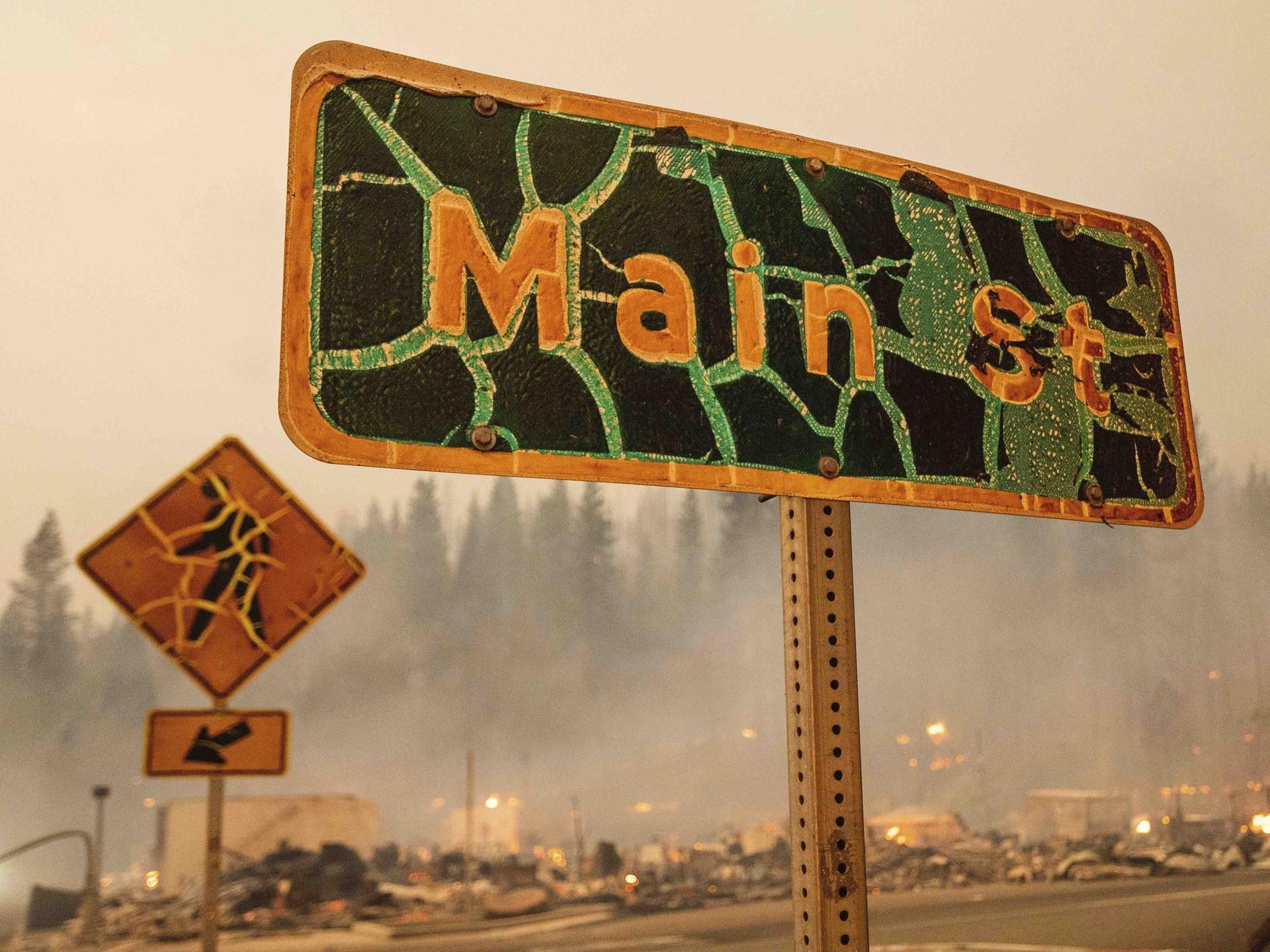Dixie fire Main Street (Noah Berger / Associated Press)