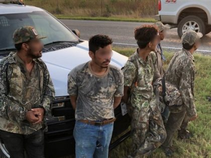 5 Migrants Arrested 70 Miles from Texas Border After Home Burglary