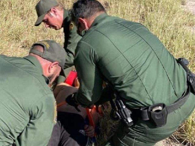 Hebbronville Agents rescue a migrant teen who became lost in the brush after being abandoned. (Photo: U.S. Border Patrol/Laredo Sector)