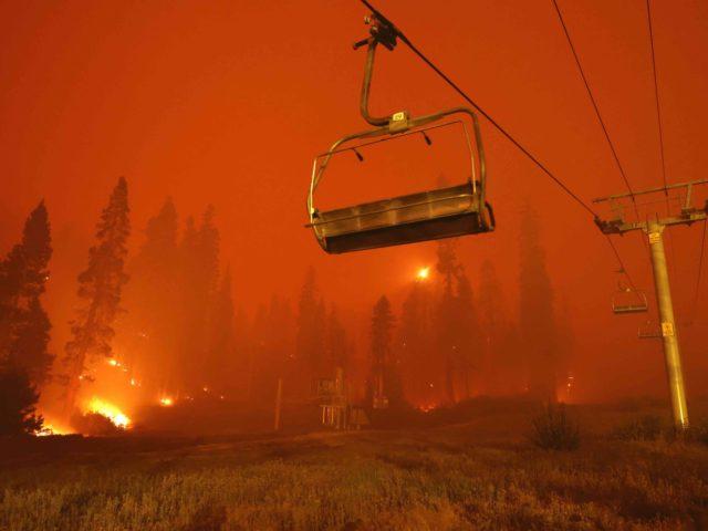 Lake Tahoe Caldor Fire (Justin Sullivan / Getty)