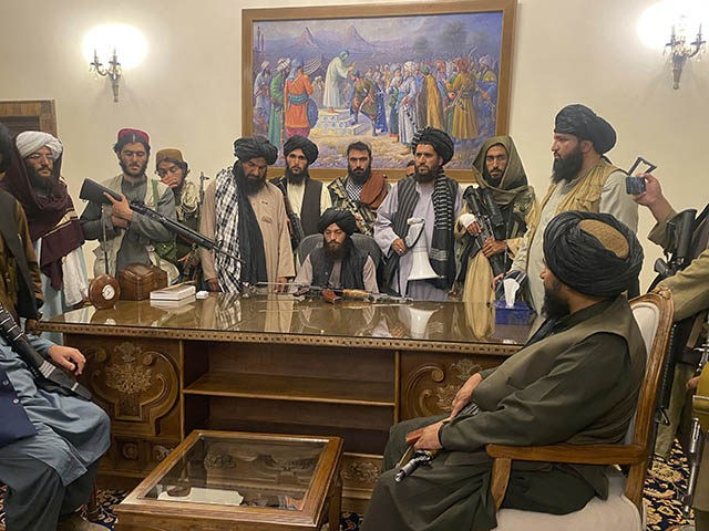 'Dark Hour': Trump, Pence Scold Joe Biden as Taliban Overtakes Kabul