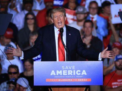 Trump in Alabama (Chip Somodevilla / Getty)