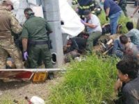 GRAPHIC: 10 Migrants Dead, 20 Injured in Smuggling Rollover Crash in Texas near Border