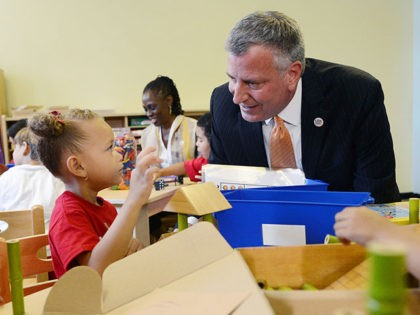 Bill de Blasio: 'We're Looking Forward' to Vaccinating Kids 'at a Younger Age'