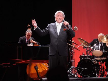 NEW YORK - APRIL 7: Singer Tony Bennett performs on stage at the Third Annual Carnegie Hall Medal Of Excellence Awards at the Waldorf-Astoria on April 7, 2008 in New York City. (Photo by Brad Barket/Getty Images)