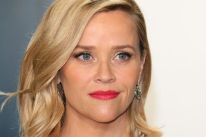 Reese Witherspoon will continue to oversee Hello Sunshine's day-to-day operations