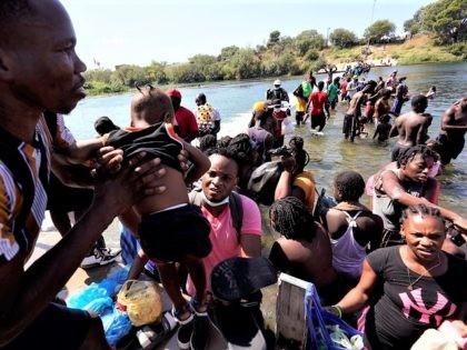 Texas Border Mayor Declares Disaster, Closes Entry to International Bridge Above Migrant Camp