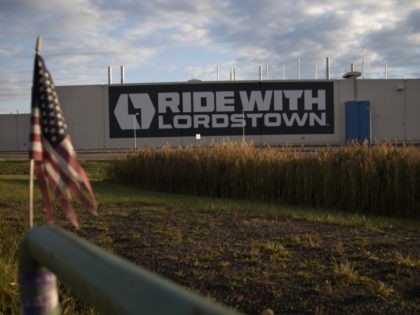 The Lordstown Motors factory is where GM once operated, in Lordstown, Ohio, on October 16, 2020. The old GM factory has been acquired by Lordstown Motors, an electric truck startup that wants to build a full-size pickup called Endurance. - Workers at the General Motors factory in Lordstown, Ohio, listened …