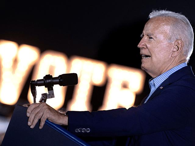 Poll: Joe Biden Coronavirus Approval Rating Sinks Underwater After Vaccine Mandates