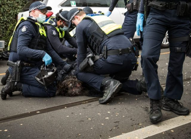 WATCH: Hundreds Arrested as Anti-Lockdown Protesters Break Police Lines, Trample Officers