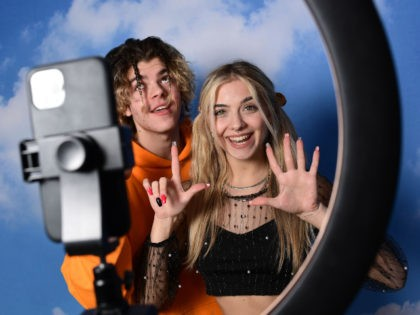 TikTok Influencers film video