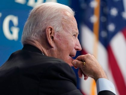 Nolte: Bidensanity — Unvaccinated Illegal Aliens Shipped to Dozens of States as Coronavirus Fear Rages