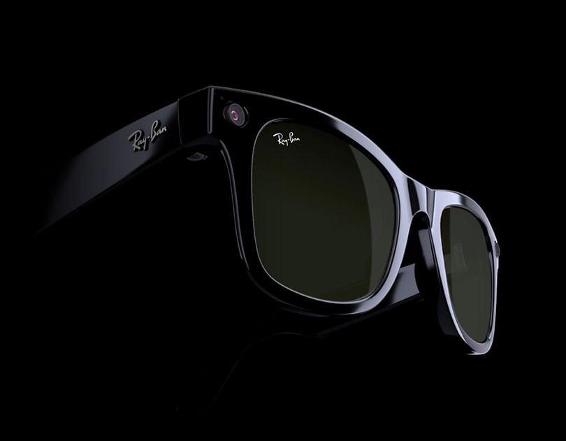 Ray-Ban's Facebook sunglasses (Ray-Ban)