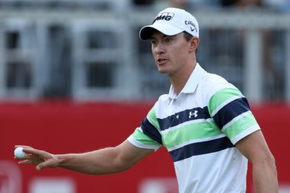American Maverick McNealy roared to the finish with three straight birdies to close out his third round and maintain a share of the lead at the Fortinet Championship in California