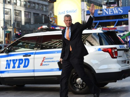 New York Mayor Bill de Blasio arrives for a news conference in Times Square November 7, 2016 to discuss election day security preparations. / AFP / TIMOTHY A. CLARY (Photo credit should read TIMOTHY A. CLARY/AFP via Getty Images)