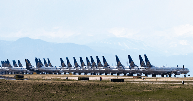 Report: United Airlines Adds 3,500 Daily Routes in December