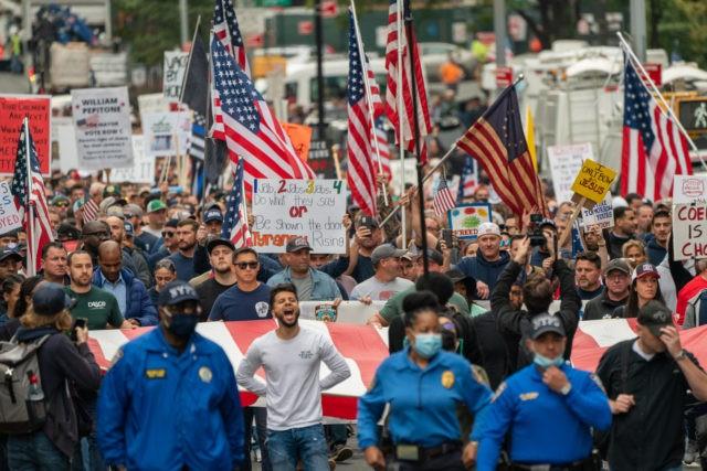 Thousands of NYC Workers March Across Brooklyn Bridge Protesting Vaccine Mandates: 'F*ck Joe Biden!'