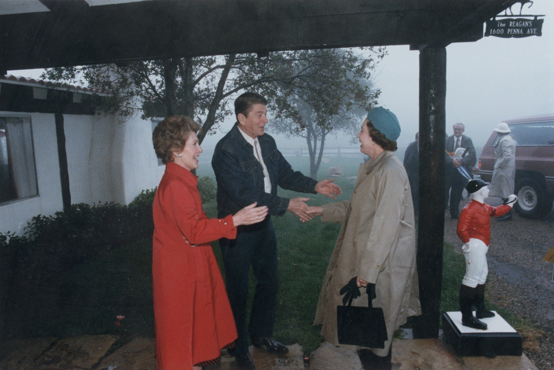 1st March 1983: US president Ronald Reagan and First Lady Nancy Reagan welcome Queen Elizabeth II to their ranch at Rancho Del Cielo, California. Prince Philip accompanied the Queen on her visit. (Photo by Ronald Reagan Library/Getty Images)
