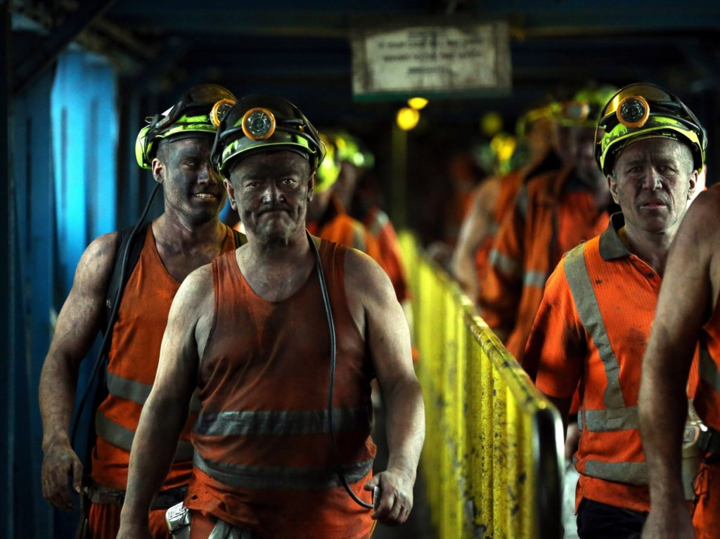 Climate Activists Push UK Govt to Kill New Mining and Oil Rig Jobs