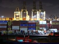 Labor Union Opposes Quickly Moving Containers from Cargo ShipsCompounding Supply Chain Crisis