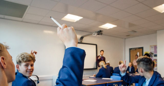 School Bans Terms Like 'Good' and 'Bad' to Describe Children's Behaviour