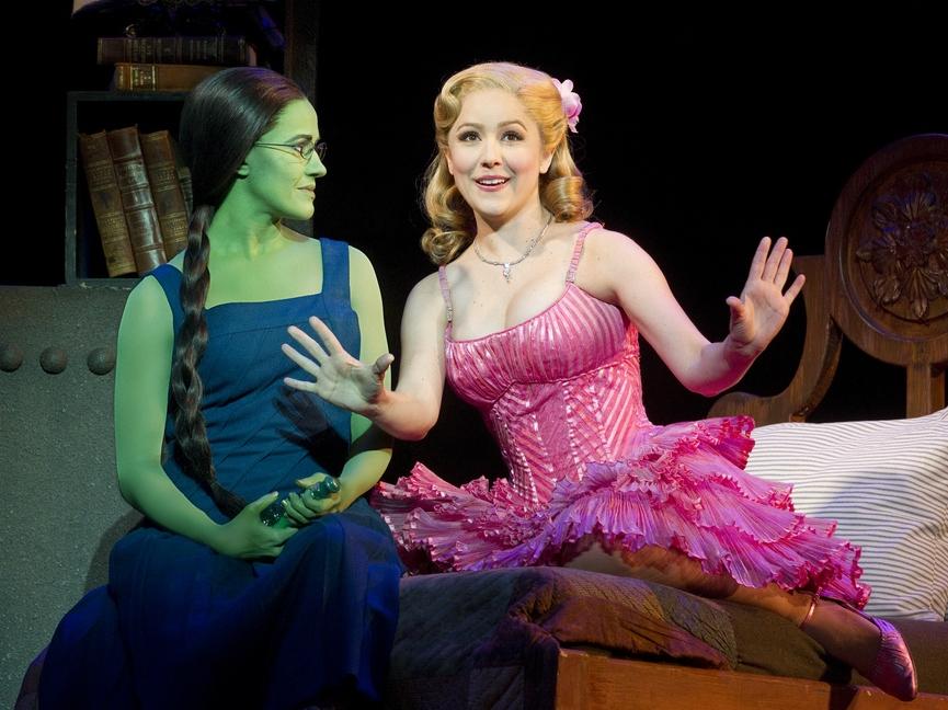 'Wicked' Review: Reinterpreting Evil in Grand Broadway Fashion