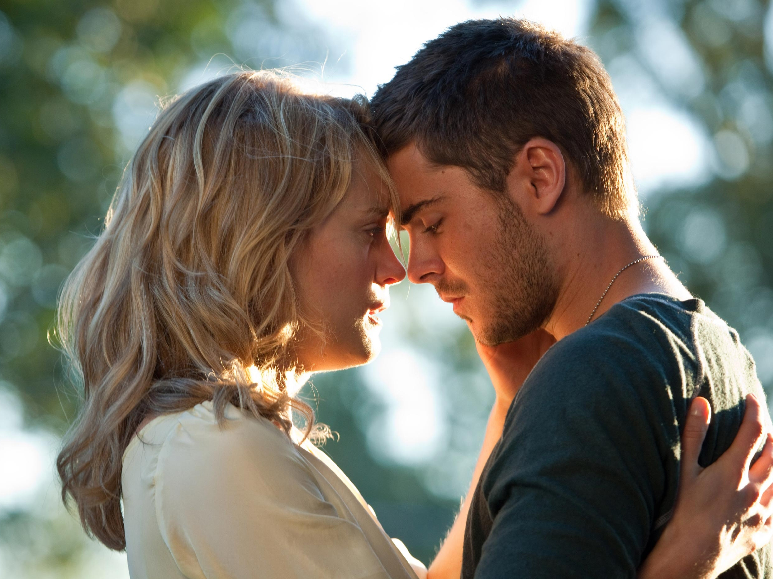 Box Office Predictions: New Romance 'Lucky' to Dethrone 'Hunger Games'