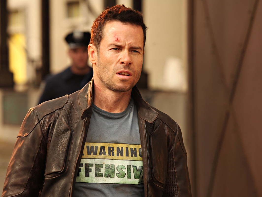 'Lockout' Review: A Full-Blooded, Unapologetic Conservative Action Hero