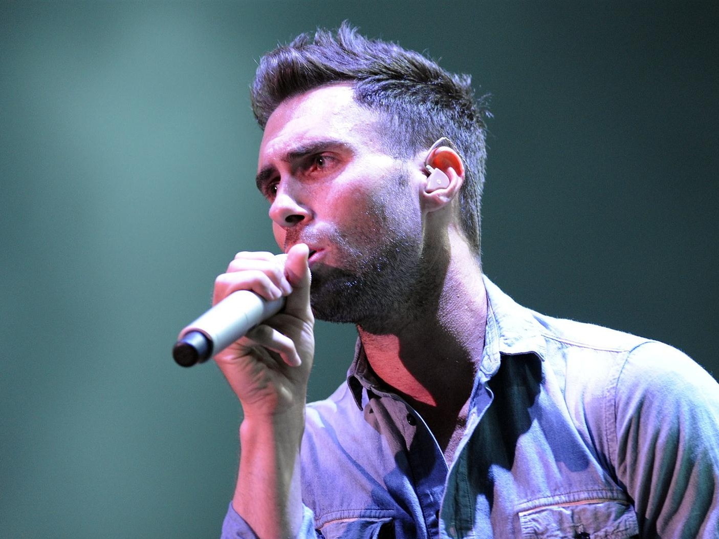 Vote Obama, or Maroon 5's Levine Will Lose His 'Sh*t'