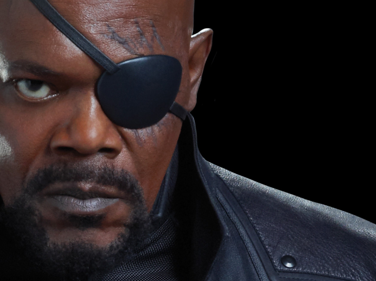 Jackson Starts Twitter War with N.Y. Times Over 'Avengers' Review