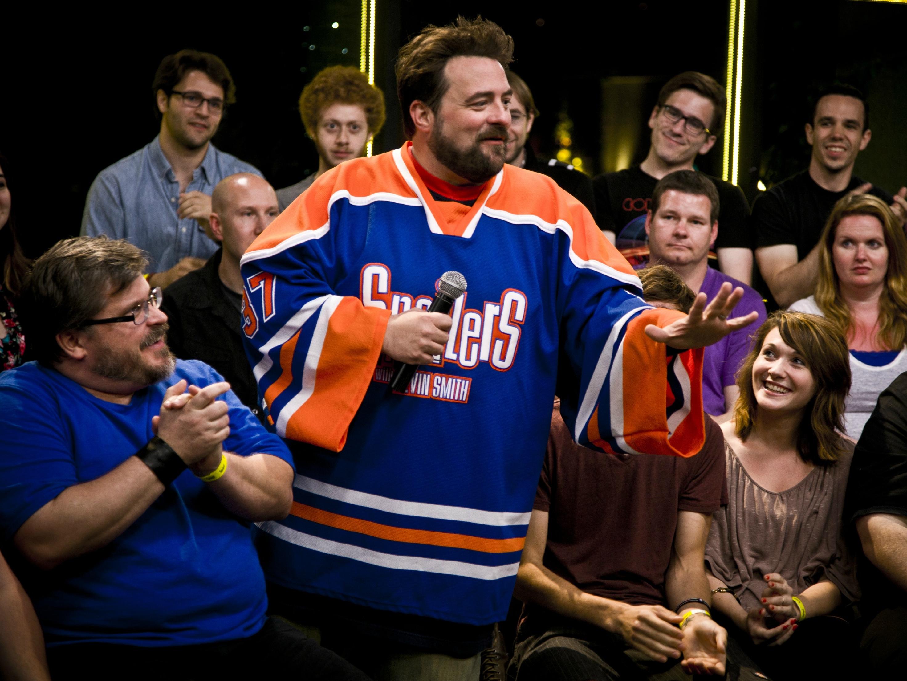 'Spoilers' Review: Smith's Regular Joe Movie Shtick Clicks