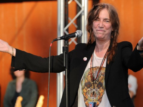 Rock Idol Patti Smith More Concerned With Insects Than Terrorism