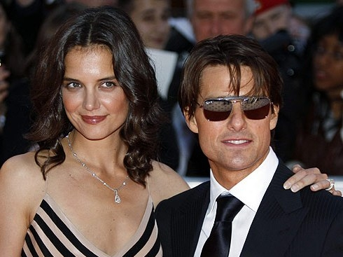 Katie Holmes Returns to the Catholic Church – Sort Of
